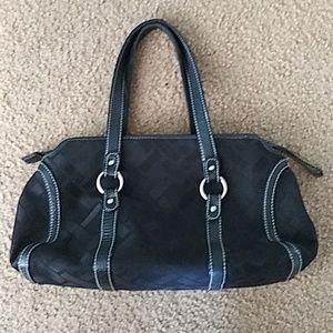 Talbot Womens Quality Medium Purse Black  Zipper